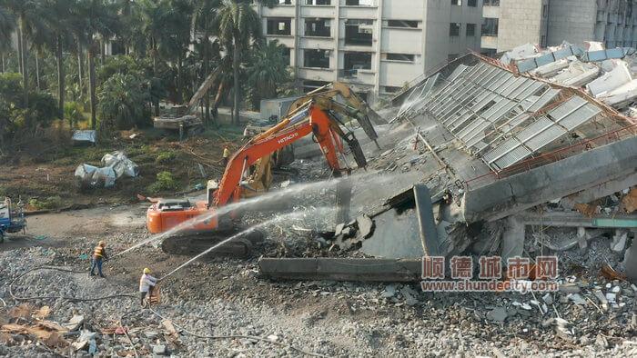 北滘村改拆建并举:拆旧工业区,建12年一贯制非营利民办学校